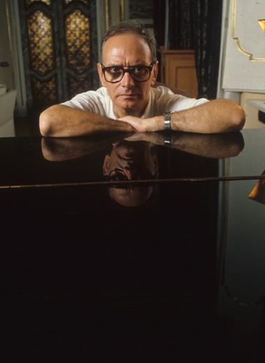 «Я изобрел формулу «музыка сочинена, аранжирована иисполнена Эннио Морриконе»: 6 фактов овеликом итальянском композиторе