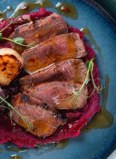 Стейки и морепродукты в одной тарелке: необычные рецепты от шефа Moregrill