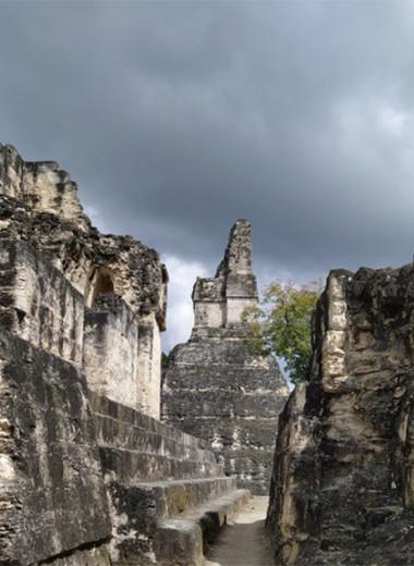 Одна вокруг света: город духов в джунглях и озеро с крокодилами