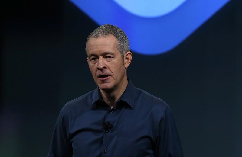 В офисе с 7 утра, ездит навелосипеде:что известно о преемнике Джонни Айва и, возможно, будущем главе Apple