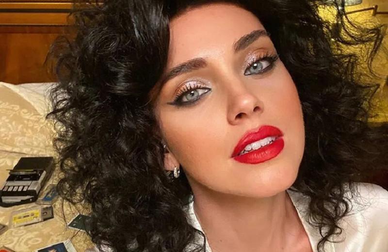 Какой год, такой и макияж: самые неудачные мейкап-образы звезд за 2020 год
