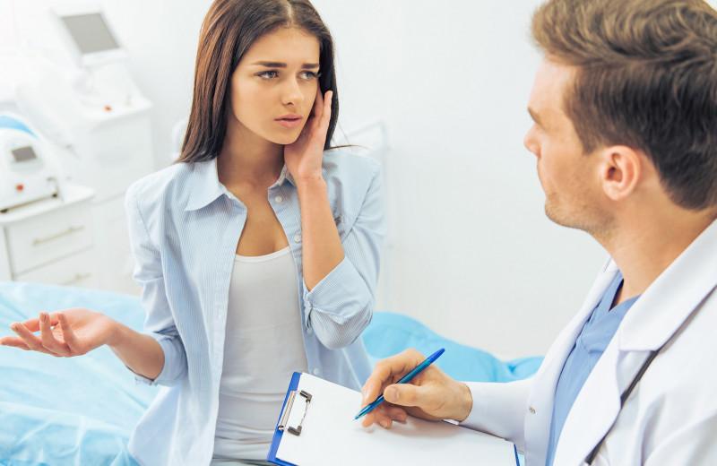 Хирурги против: какие операции просят пациенты и почему профи им отказывают