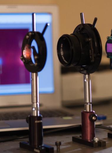 Проверить качество воды и продуктов смартфоном: что такое гиперспектрометр