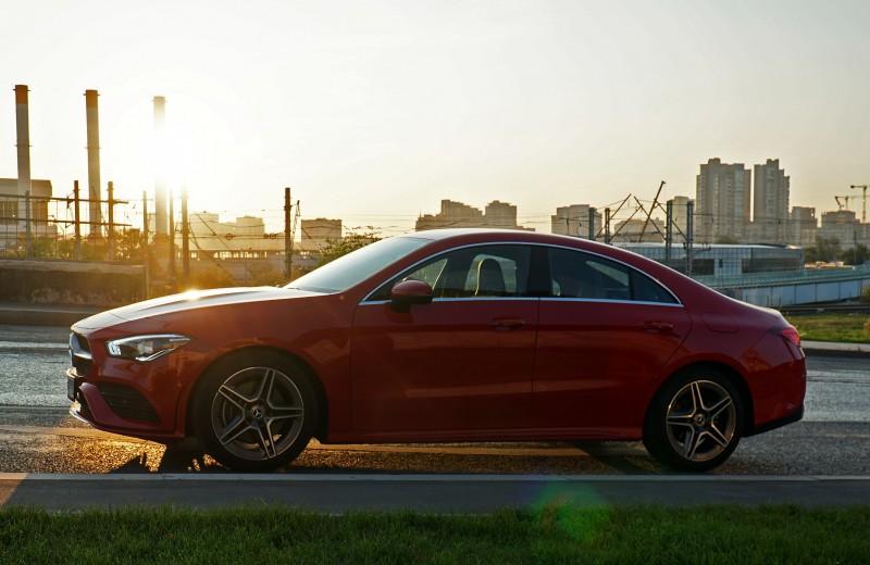 Почему машины такие неразговорчивые: тест Mercedes-Benz CLA 200