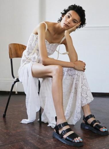 Почему модные бренды не делают обувь больших размеров