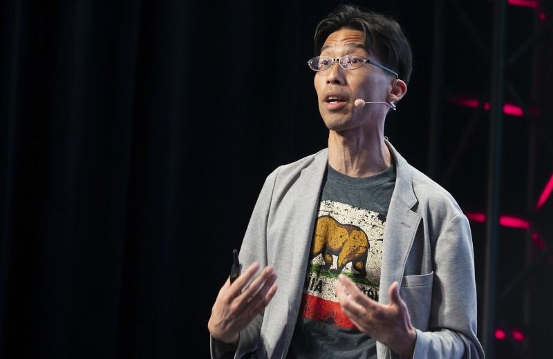 60 приседаний и акупунктура: секреты биохакинга от инвестора Марвина Ляо