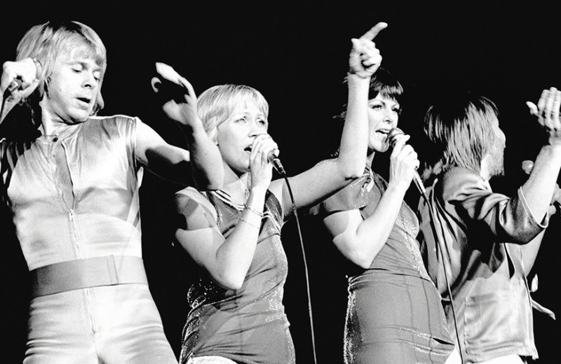 Земфира, ABBA, Фрэнк Синатра: какую музыку слушают героини Forbes Woman