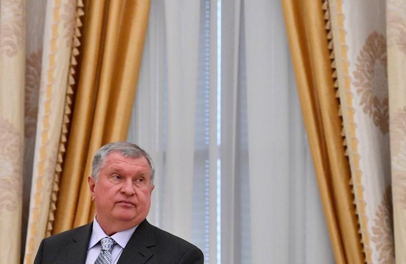 Игорь Сечин предложил альтернативу ценовой заморозке