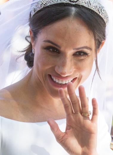 Кейт Миддлтон обошла Меган Маркл в рейтинге самых дорогих свадебных платьев