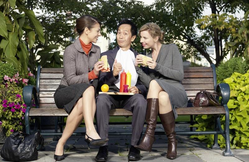 Красавица и чужой: почему девушек так тянет к иностранцам