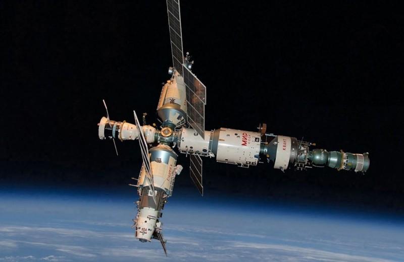 Миру — «Мир»: факты о знаменитой космической станции