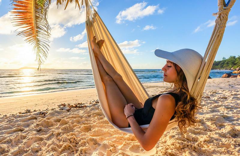 Пляжный этикет: как одеваться на курорте — правила, о которых ты не знала