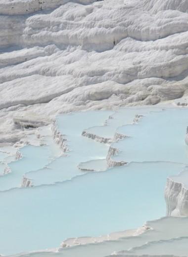 Исчезнувшие империи, фьорды, застывшие водопады: куда поехать, чтобы увидеть настоящую Турцию