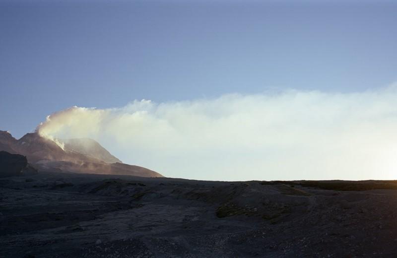 Камчатский вулкан выбросил 5-километровый столб пепла