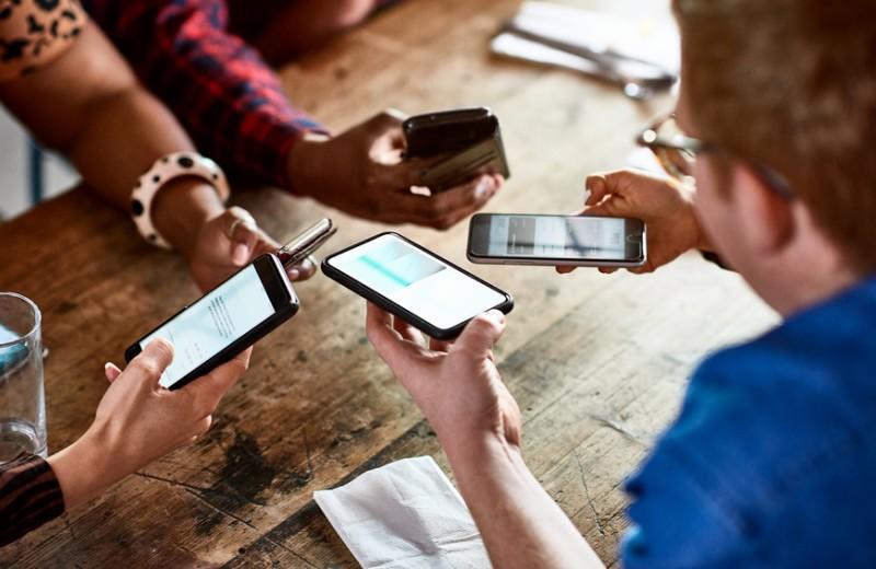Технологии учат доверию: как технический прогресс меняет психологию общества