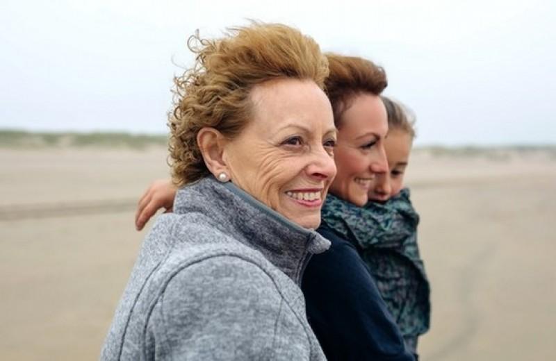 Бабушки и дочери: что меняется с появлением внуков?