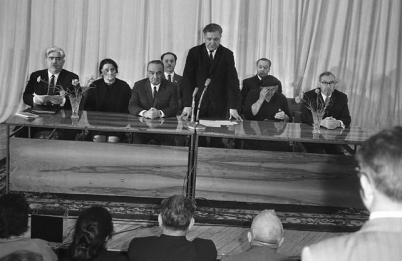 Прокремлевское «Знание». Зачем в России возрождают советское просветительское общество