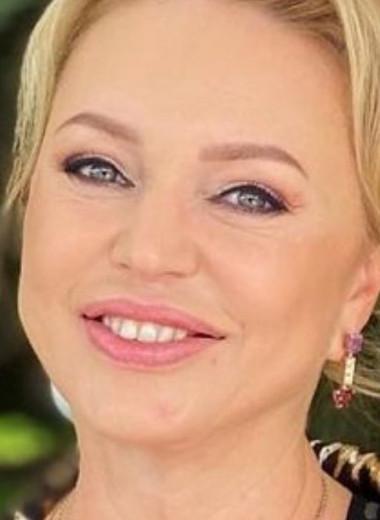 «Я сделала силиконовые губы?»: Алла Довлатова разоблачила журналистку