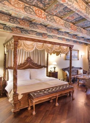 Iron Gate Hotel: машина времени в центре Праги