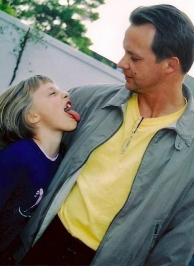 Дочь Джоанны Стингрей вспоминает отца в своем первом альбоме