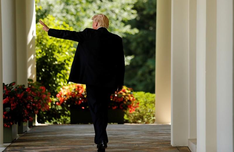«Начало прекрасной дружбы». Белый дом сообщил Кремлю о передышке в санкциях