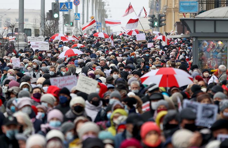«В стране террор, люди боятся ехать в офис»: зачем белорусские IT-предприниматели перевозят сотрудников в другие страны и сколько это стоит
