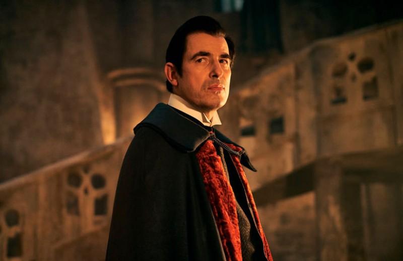 Кровь застыла в жилах: чем так хорош новый «Дракула» от создателей «Шерлока»