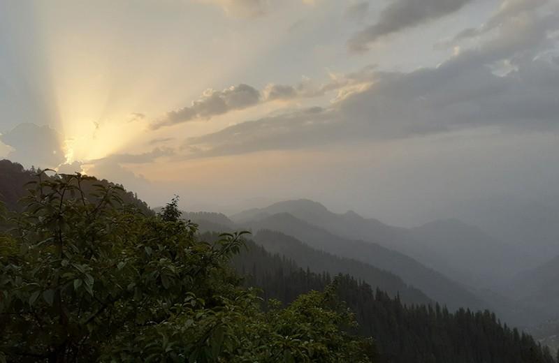 Одна вокруг света. Ашрам и узкие горные тропы