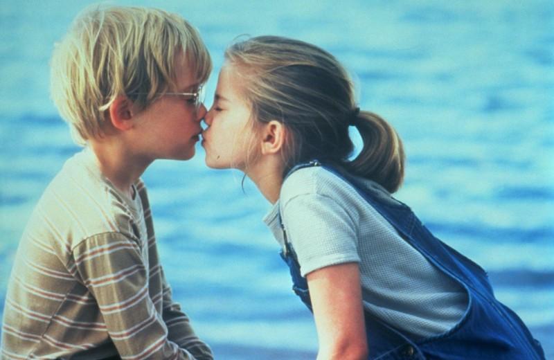 8 первых поцелуев, которые случились на съемках