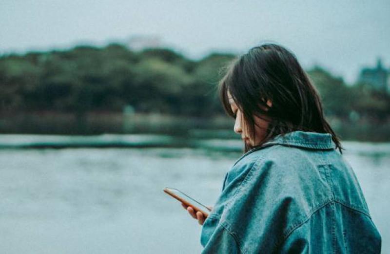 8 приложений, которые помогут справиться с тревогой