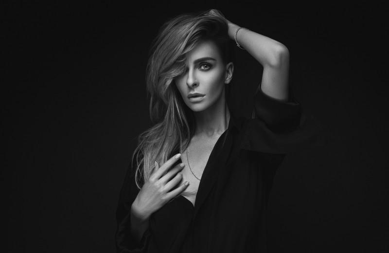 Интервью с Катей Варнавой: «Самоирония — это то, что помогает мне выживать. Это мой способ защиты»