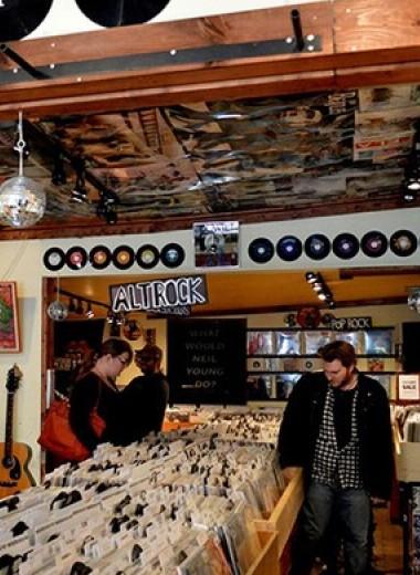 Исследование доказало, что современные поп-песни — пшик, и молодежь предпочитает старую музыку