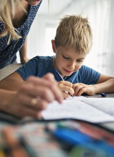 Письмо от руки лучше тренирует мозг и делает детей умнее