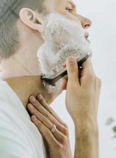 Как правильно бриться станком: преимущества разных видов и пошаговая инструкция