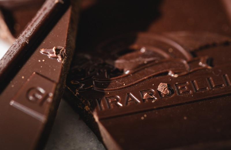 Какое количество шоколада может убить человека