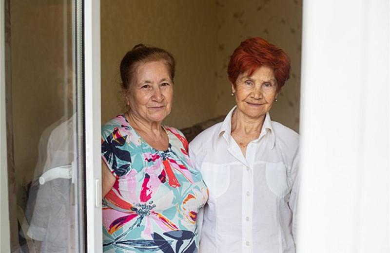 Бегство от скуки и мечта увидеть президента: чем живут пенсионерки из «Отрядов Путина»