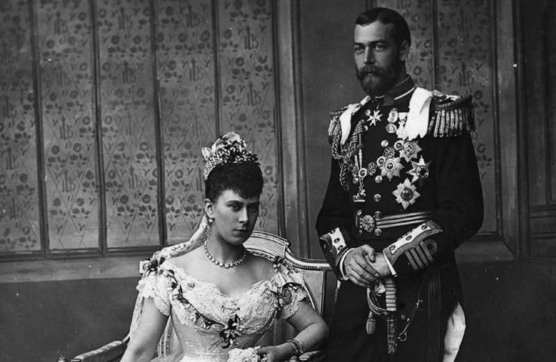 Как британские принцы одевались на свои свадьбы с 1893 года