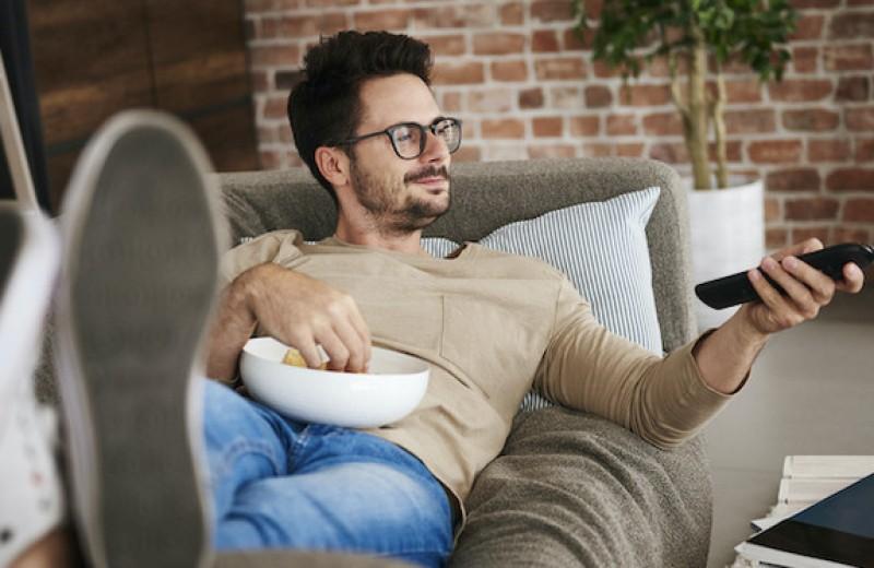 Помыть посуду и сохранить брак: советы для мужчин