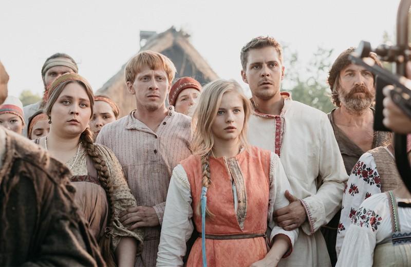 «В России смелые сценарии не всегда превращаются в хорошее кино»: сербский актер Милош Бикович о русском кино