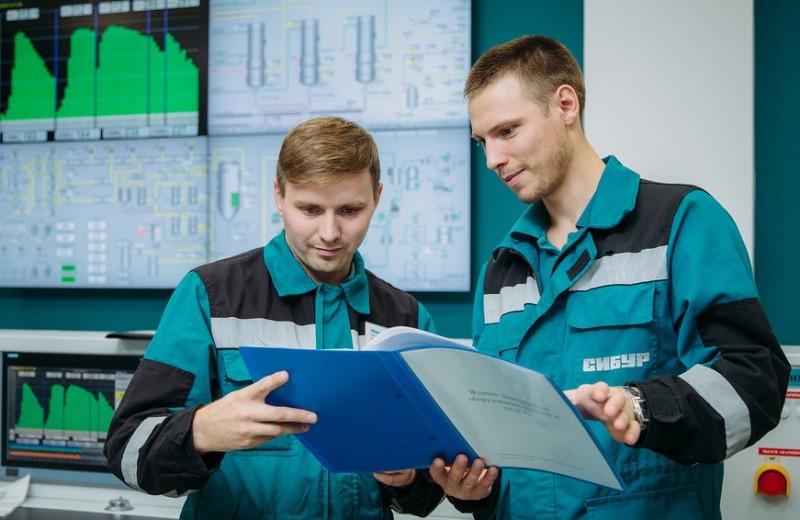 Новая «голубая фишка»: стоит ли покупать акции «Сибура» в случае IPO