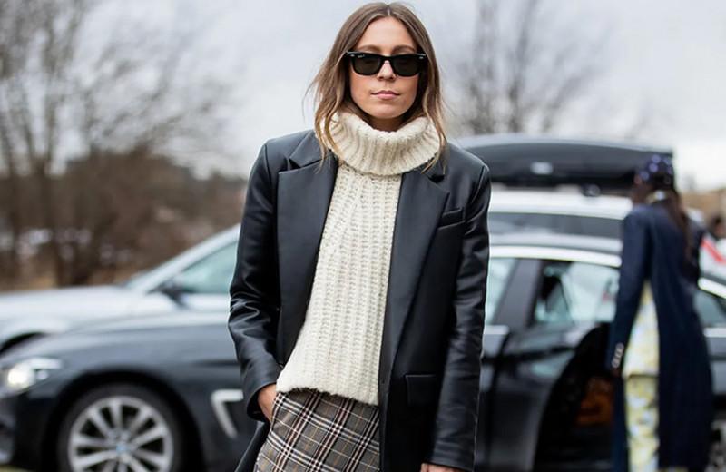Как избежать ошибок с широкими брюками: модные правила от стилиста