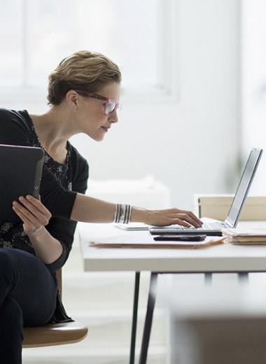 «Работают с удовольствием, но денег не дают»: молодые героини Forbes Woman — о том, что им мешает строить бизнес