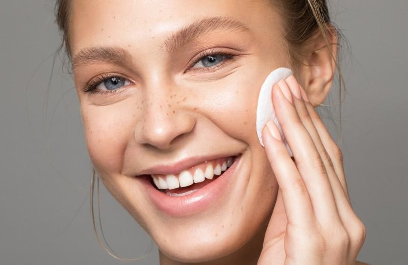 Зачем нужно «отдыхать» от макияжа и как научиться это делать — мнение эксперта