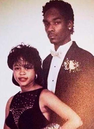 Со школьной скамьи: знаменитости, которые вышли замуж за свою первую любовь