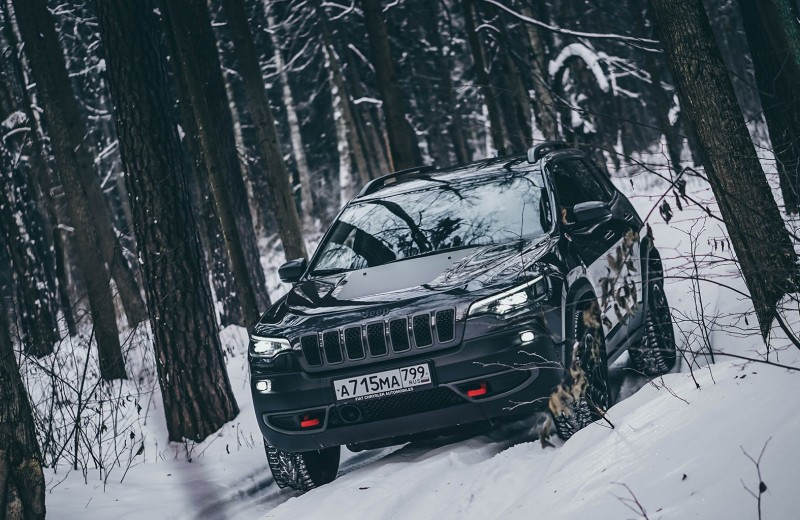 Следопыт: тест Jeep Cherokee Trailhawk