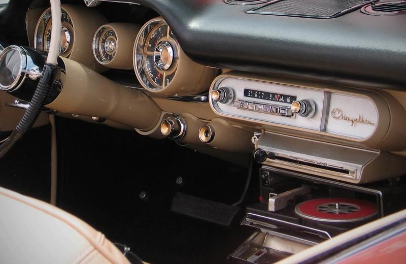 Руками и ногами: как работали автомобильные навороты прошлого