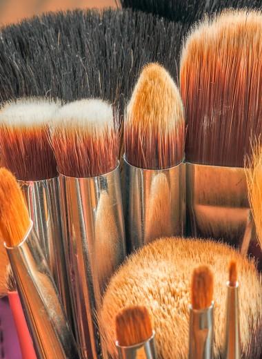 Кисти для макияжа: какие нужны, виды, уход и как правильно выбрать?
