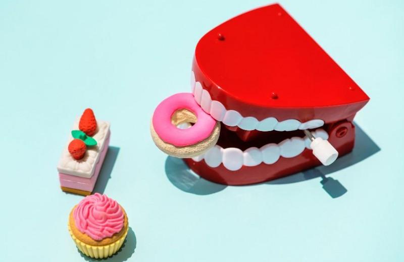 Сюрприз: почему за подтяжкой лица надо идти не к хирургу, а к стоматологу