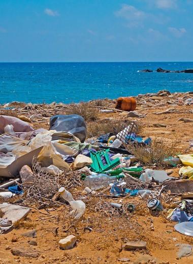 Только 1% мусора, попадающего в океан, плавает на его поверхности. А где остальной?