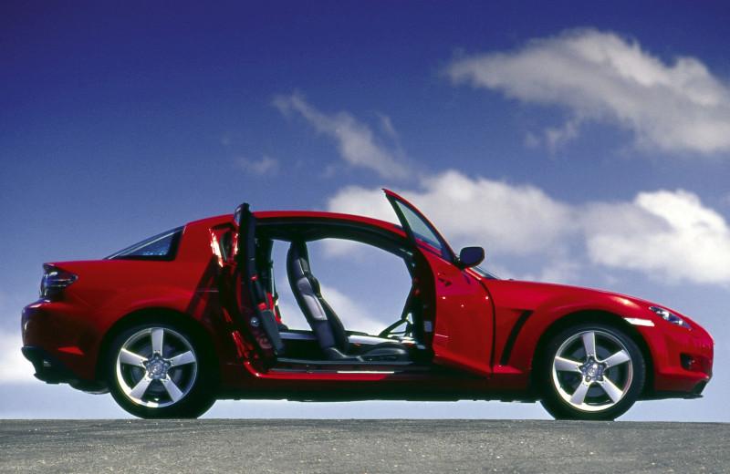 Очевидные и невероятные: 7 самых необычных автомобилей Mazda